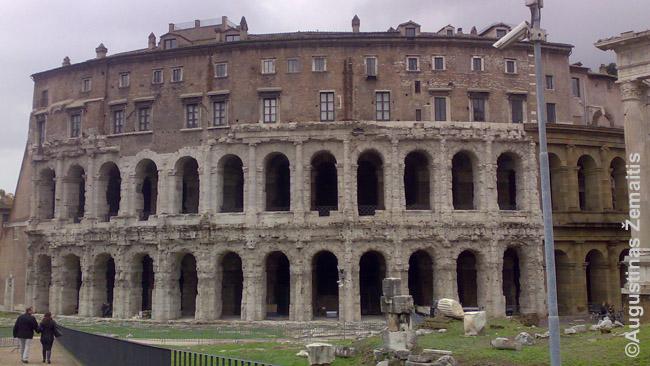 namai šiaurės roma